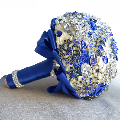2019 Royal Blue Crystal Classic wedding bouquets for bride