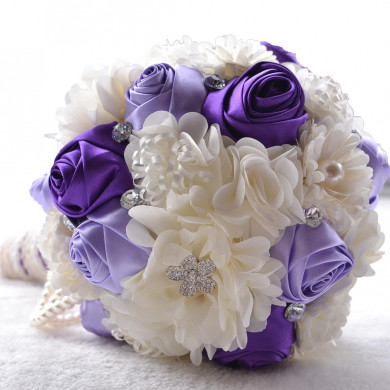 Gorgeous Grape and Ivory Artificial wedding bouquets for bride with Bead string