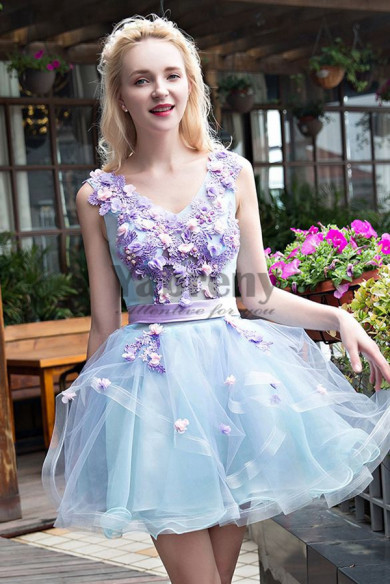 Yabreny 2019 Sky Blue prom dresses V-neck Chest Appliques Homecoming Dresses cyh-041