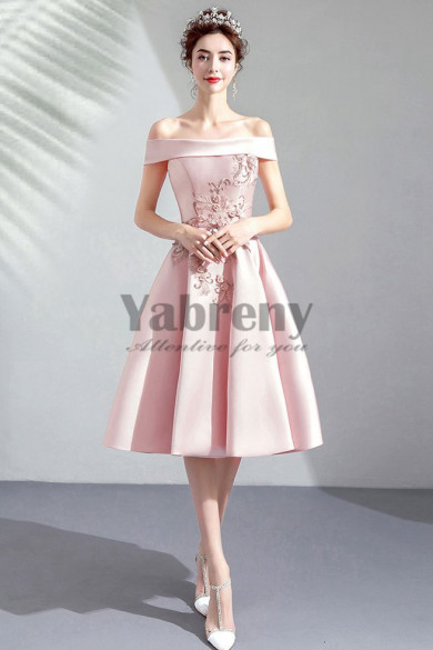 Yabreny A-line Off the Shoulder prom Dresses Chest Appliques pink Knee-Length Homecoming Dresses TSJY-033