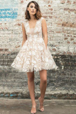 Short wedding dresses deep v-neckline floral plique so-196