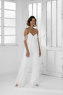 Spaghetti Glamorous Lace Wedding Jumpsuits Simple Bride Dresses so-250
