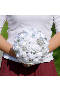 White Artificial Flowers Rose for Bride Bouquet with preals